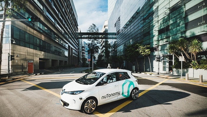 Autonomous taxi nutonomy - Singapore - driverless car - eco urban motoring transport