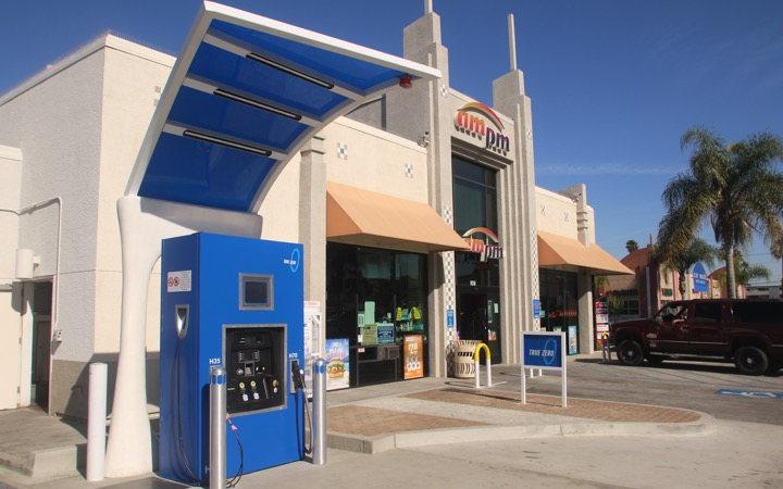 True Zero's hydrogen-charging station in Long Beach, California - eco urban transport