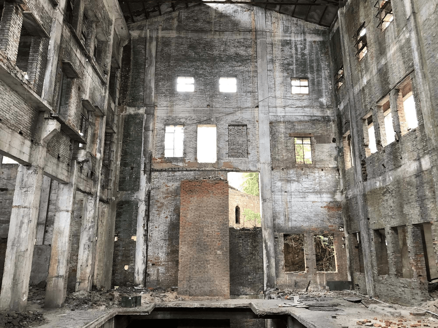 unrenovated Woods Bagot Hongqi Zhen Sugar Factory in China