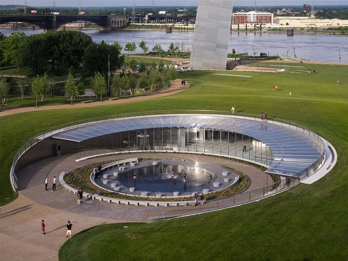 Leed Gold for Gateway Arch Museum and Visitor Center in St. Louis Usa
